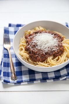 Meatless Mushroom Bolognese Sauce–Annie's Eats