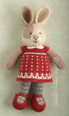 Ravelry: Seasonal dresses supplement, Christmas pattern by little cotton rabbits, Julie WilliamsThis is a free supplement to my 'Seasonal Dresses' pattern for Christmas Written up with thanks to all those who have bought my patterns and supported Knitted Bunnies, Knitted Animals, Knitted Dolls, Crochet Dolls, Knitted Stuffed Animals, Knitting For Kids, Baby Knitting Patterns, Knitting Projects, Crochet Projects