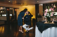 this is so stinkin' cute. can't stop watching him propose!