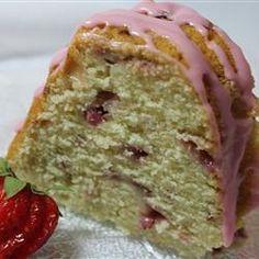 Strawberry Pound Cake - Taste of Home