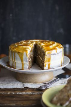 Apple and pear cake with cream cheese frosting anbd salted caramel
