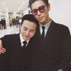 Bigbang 817614507323400481 - G Dragon and T.P ~ OMG I am the same height as T.P …at least GD would a place to rest his head. LOL Source by Choi Seung Hyun, Sung Hyun, Daesung, Vip Bigbang, Chanbaek, Kaisoo, Rapper, 2ne1, Gd Et Top