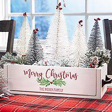 Wooden Box Centerpiece, Wood Centerpieces, Christmas Table Centerpieces, Christmas Arrangements, Farmhouse Christmas Decor, Christmas Wood, Christmas Projects, Christmas Ornaments, Christmas Ideas