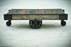 Old railroad cart! I want one of these to use as a coffee table! Cart Coffee Table, Rustic Coffee Tables, Industrial Furniture, Vintage Industrial, Industrial Design, Coffee Table Inspiration, Chess Table, Antique Decor, Rustic Interiors