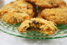 It seems like it has been ages since I have baked cookies. I was in the mood for something new.I am fond of crispy cookies ( or biscuits . Zucchini Cookie Recipes, Zucchini Cookies, Carrot Cookies, Crispy Cookies, No Bake Cookies, Chocolate Chip Cookies, Chocolate Chips, My Recipes, Dessert Recipes