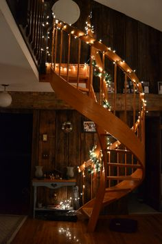 spiral staircase..yes please #prettylights