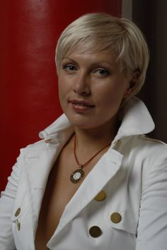 Russian sports. Natascha Ragosina.  Natalia Yurievna Ragozina (Russian: Наталья Юрьевна Рагозина), better known as Natascha Ragosina, is an undefeated retired professional boxer who spent much of her career ranked as the top female super middleweight in the world.  More: https://www.facebook.com/pages/The-Russian-Kiss/539187666095750