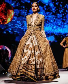 Tarun Tahiliani,, BMW India Bridal Fashion Week Indian Dresses, Indian Outfits, Indian Saris, Anarkali, Lehenga, Sarees, Bmw India, Choli Dress, Net Blouses