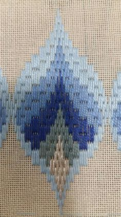 1 million+ Stunning Free Images to Use Anywhere Broderie Bargello, Bargello Needlepoint, Bargello Quilts, Needlepoint Stitches, Needlework, Hand Embroidery Kits, Hardanger Embroidery, Cross Stitch Embroidery, Swedish Weaving Patterns
