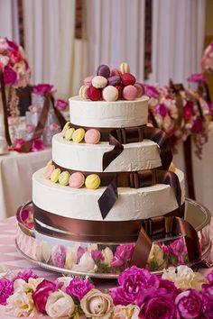 """【ほんとうに可愛い!】結婚式の""""ウェディングケーキ""""まとめ♪ - NAVER まとめ Macaron Cake, Macarons, Cool Wedding Cakes, Wedding Cake Toppers, Nothing Bundt Cakes, Pretty Cakes, Cake Decorating, Reception, Sweets"""