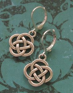 Oval Celtic Knot Charm Silver Plated Lever Back Earrings Scottish Irish Jewelry #BusyBeeBumbleBeads #DropDangle #earrings