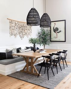 Dining Nook - Beach Style - Dining Room - Los Angeles - by Nine Dot Design Dining Nook, Dining Room Design, Built In Dining Room Seating, Small Dining Room Tables, Lighting Over Dining Table, Kitchen Nook Bench, Banquette Dining, Bench Seat Dining Room, Pendant Light Dining Room