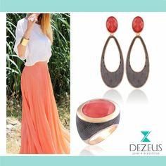 Conjunto super estiloso em cristal coral ótimo para combinar com os looks levinhos do dia.