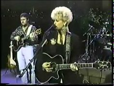 LORRIE MORGAN - OUT OF YOUR SHOES.flv