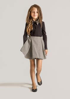 Classy and elegant outfit from #Papiliokids school collection.