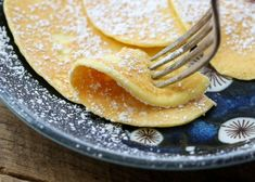 2 Ingredient Pancakes have been showing up all over the internet lately. Low carb pancakes that are easy to make, and tasty as can be, we've been making these 2 Ingredient Cream Cheese Pancakes for Breakfast Low Carb, Breakfast And Brunch, Breakfast Pancakes, Breakfast Dishes, Breakfast Recipes, Breakfast Ideas, Diabetic Breakfast, Recipes Dinner, Atkins Breakfast