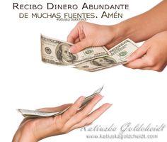 Afirma; El Dinero simplemente cae en mis manos de muchas fuentes... http://decretosyafirmaciones.com/dinero-cae-en-mis-manos/