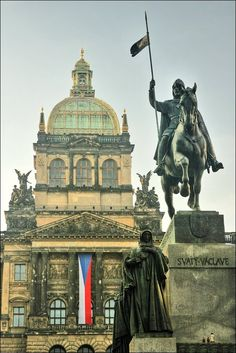 St-Wenceslas square where the Labrador Inuit were exhibited when in Prague… Places In Europe, Places To See, Prague Photos, European Summer, Prague Czech Republic, Heart Of Europe, Labrador, Architecture Old, Central Europe