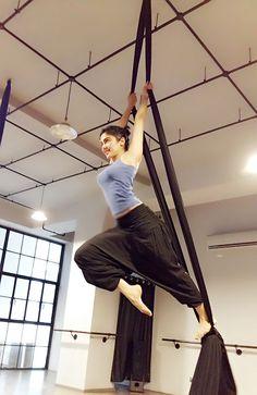 Adah Sharma training for 'Commando' sequel. #Bollywood #Fashion #Style #Beauty #Hot #Sexy #Yoga