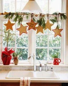 Casinha colorida: Decorando as janelas para o Natal