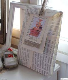 tee itse,Tee itse - DIY,lahjapaketti,lahjapaperi,lahjakassi,vanha kirja,pitsi,taulunkehys,kengät,kärpässieni,höyhen,askarteluhöyhen,pyykkipoika