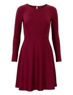 Soepele a-lijn jurk met lange mouwen Rood Office Looks, Models, New Fashion, High Neck Dress, Dresses For Work, Elegant, Jackets, Outfits, Clothes