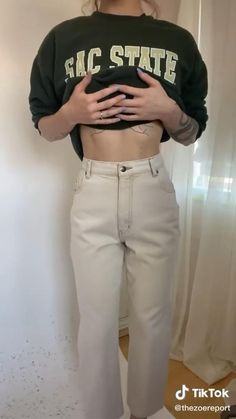 Diy Fashion Hacks, Fashion Outfits, Fashion Tips, Sewing Clothes, Custom Clothes, Mode Ootd, Mode Streetwear, How To Make Clothes, Clothing Hacks