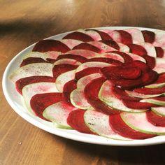 #tasteslikeheaven #redvelvet #rotebeete #pear #birne #salad #salat #healthy #lowcarb #liwfat#diät