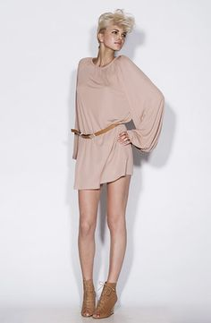 Love the bell sleeve... Definitely a style that needs to jump in my closet!!