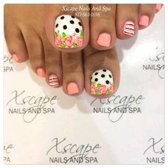 Trendy nails art flowers vintage polka dots Trendy Nail Art Blumen Vintage Tupfen This image has. Pretty Toe Nails, Cute Toe Nails, Fancy Nails, Toe Nail Art, My Nails, Pretty Toes, Pokadot Nails, Cute Pedicures, Coral Nails