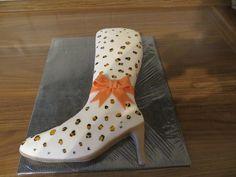 Ein Stiefel aus Schokokuchen