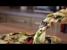 The best homemade Pizza (Very Easy Recipe) – Jim Michailidis Best Homemade Pizza, Perfect Pizza, Pizza Hut, Pizza Food, Pizza Party, Greek Recipes, The Best, Yummy Food, Yummy Lunch