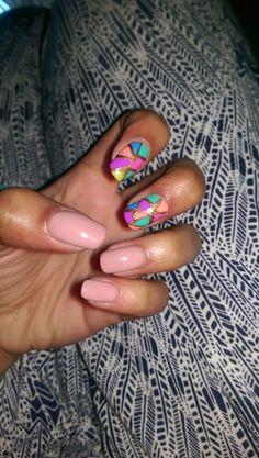 Oooo la la... Summer nails, what a beaut! #gelish nails