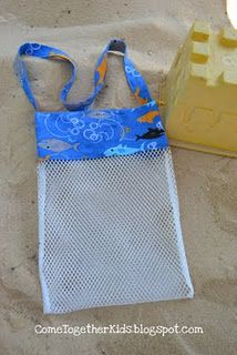 Come Together Kids: Seashell Collecting Bag - Or make it a little bigger and use something like this for the sand toys for the beach. Sewing Hacks, Sewing Tutorials, Sewing Patterns, Fabric Crafts, Sewing Crafts, Sewing Projects, Diy Accessoires, Sand Toys, Shell Crafts
