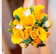 yellow wedding bridal bouquets, bridesmaid bouquets, centerpieces