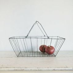 You can not keep onions or lemons in anything besides a black wire basket.