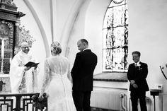 Bröllopsfotograf Helsingborg Raus kyrka. Vigsel. Sanna Dolck, www.sannadolck.com/brollop.  Wedding photographer Sweden.