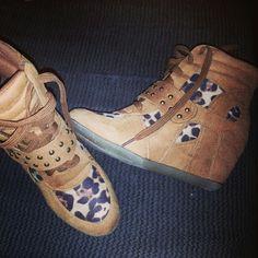 Wedged leopard print sneakers