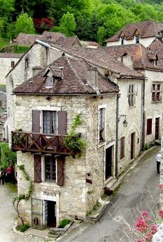 Medieval Village, Saint-Cirq-Lapopie, France | Nature Board