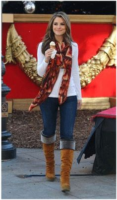 a44474c59ef6 Maria Menounos in the Orange Multi Navajo Blanket Scarf Fall Outfits