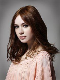 Karen Gillan a.k.a. Amy Pond !!!!!!!!!!!!!!!!!!!!!!!