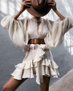 Dress Sash, Ruffle Dress, Ruffles, Apricot Dress, Vintage Lanterns, Outfit Look, Belted Dress, Dress Long, Fashion Outfits