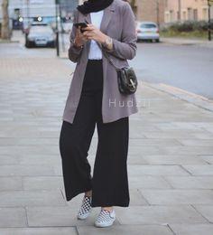 Style Casual Hijab Kulot Super Ideas Source by DeaSupernova ideas hijab Modern Hijab Fashion, Street Hijab Fashion, Tokyo Street Fashion, Hijab Fashion Inspiration, Muslim Fashion, Modest Fashion, Fashion Outfits, Fashion 2020, Casual Hijab Outfit