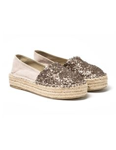 Espadrilles with wedge. Roped upper and front sequin applique. Shoes Flats Sandals, Espadrille Shoes, Wedge Shoes, Shoe Boots, Trendy Shoes, Cute Shoes, Me Too Shoes, Ella Shoes, Vintage Style Shoes