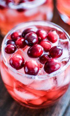 Cinnamon and Cranberry Bourbon Spritzers   www.cookingandbeer.com   #cocktails #newyearseve #cbias #MingleNMix #shop