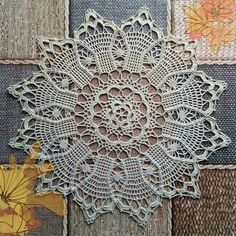 (◡ ‿ ◡ ✿) - so pretty * - * finished doily photo is from Elena ...