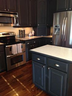 Kitchen Painted Using Chalk PaintR Decorative Paint By Annie Sloan In The Color Graphite