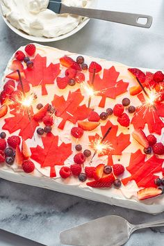 Canada Day Cake Canadian Cuisine, Canadian Food, Canadian Recipes, Canada Celebrations, Canada Day Crafts, Canada Day Party, Canada Holiday, Gateaux Cake, Pie Dessert