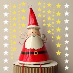 Suspension Père-Noel à grelots en papier mâché