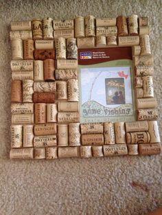 Wine cork picture frame. DIY. Love.  Super easy to make